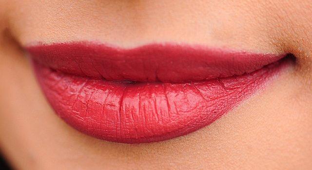Come prendersi cura delle labbra per renderle perfette