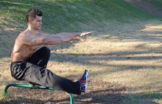 Allenamento calistenico: cos'è, quali esercizi prevede e consigli