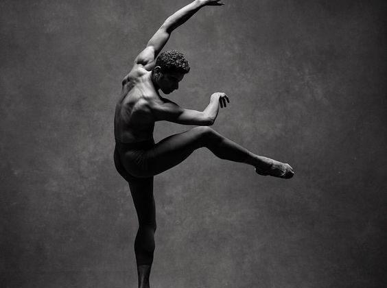 Celebre ballerino russo: ecco chi era Rudolf Nureyev e cosa si sa di lui