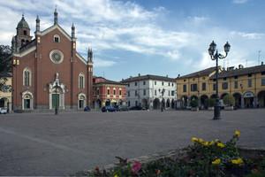 A Cortemaggiore, nella fiera più antica d'Italia