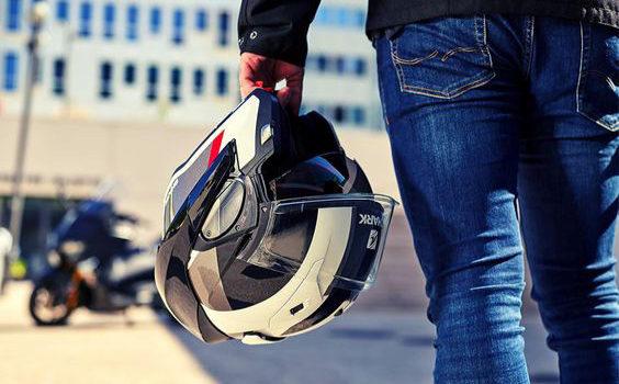Motoabbigliamento: le migliori proposte per i motociclisti